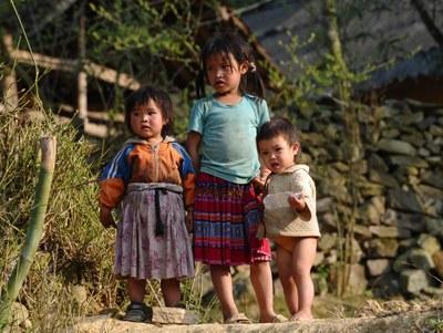 Hình minh họa. Trẻ em H'mong ở Hà Giang